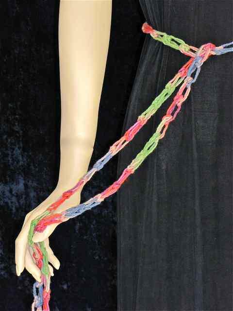 Buffalo love knot crochet belt (free downloadable crochet pattern)